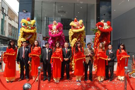 Khánh thành tòa nhà Trung tâm Thương mại - dịch vụ Hàng Xanh